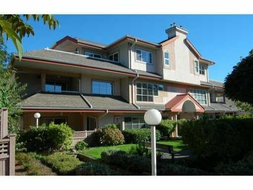 Four Pillars   --   1644 MCGUIRE AV - North Vancouver/Pemberton NV #1