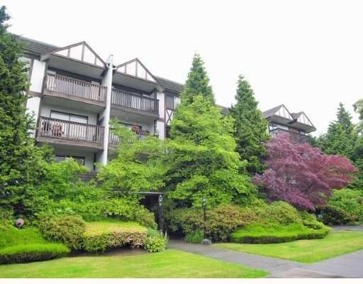 Hillshire   --   310 E 3 ST - North Vancouver/Lower Lonsdale #1