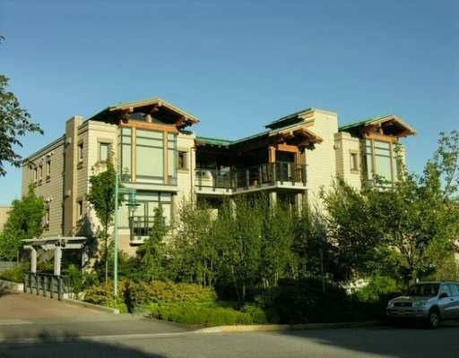 Hollyburn   --   550 17 ST - West Vancouver/Ambleside #1