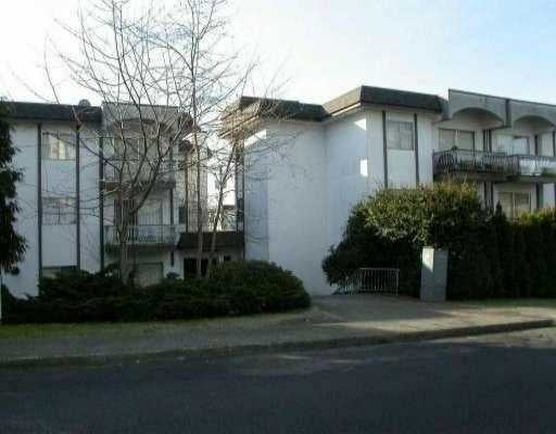 Delamo   --   135 W 21 ST - North Vancouver/Central Lonsdale #1