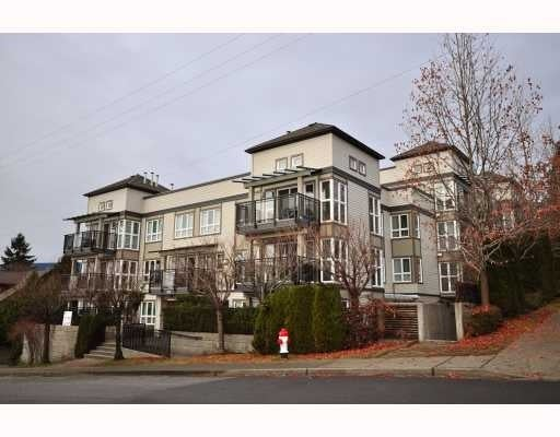 King's Court   --   106 W KINGS RD - North Vancouver/Upper Lonsdale #1
