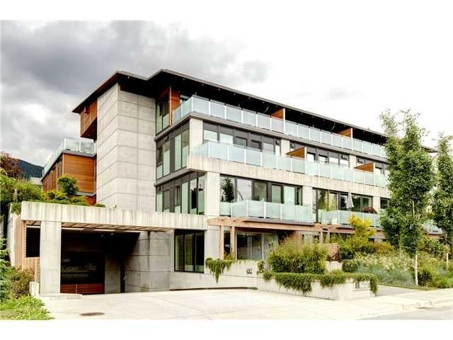 The Brook   --   650 EVERGREEN PL - North Vancouver/Delbrook #1