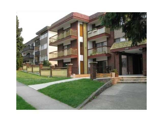 Dogwood   --   123 E 19 ST - North Vancouver/Central Lonsdale #1