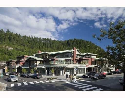 Galleries on the Bay   --   6388 BAY ST - West Vancouver/Horseshoe Bay WV #1