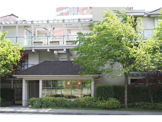 Oceanic Gardens   --   2242 MARINE DR - West Vancouver/Dundarave #1