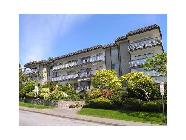 Kingsview Manor   --   3080 LONSDALE AV - North Vancouver/Upper Lonsdale #1