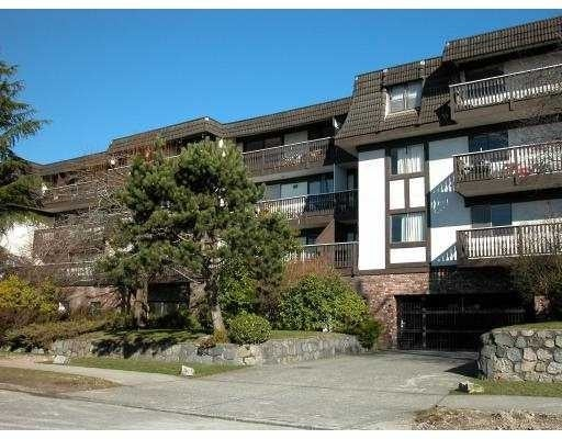 Hampton Court   --   270 W 3 ST - North Vancouver/Lower Lonsdale #1