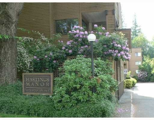 Hastings Manor   --   3275 MOUNTAIN HY - North Vancouver/Lynn Valley #1