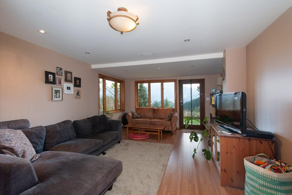575 Berry Road - Bowen Island House/Single Family for sale, 5 Bedrooms (V1110526) #15