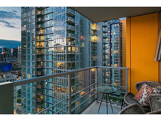 # 2003 111 W GEORGIA ST - Downtown VW Apartment/Condo for sale, 2 Bedrooms (V1125227) #14