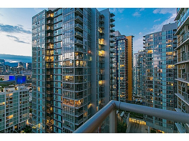 # 2003 111 W GEORGIA ST - Downtown VW Apartment/Condo for sale, 2 Bedrooms (V1125227) #15