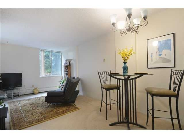#211-2004 Fullerton Ave., North Vancouver - Pemberton NV Apartment/Condo for sale, 1 Bedroom (V985795) #4