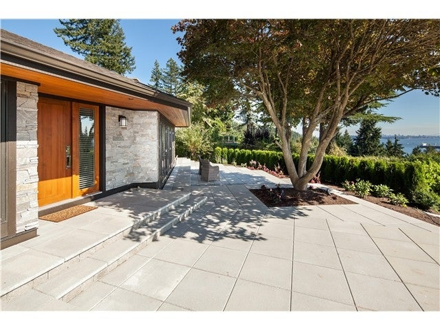 4107 Burkehill Avenue, West Vancouver - Bayridge House/Single Family for sale, 3 Bedrooms (V986086) #1