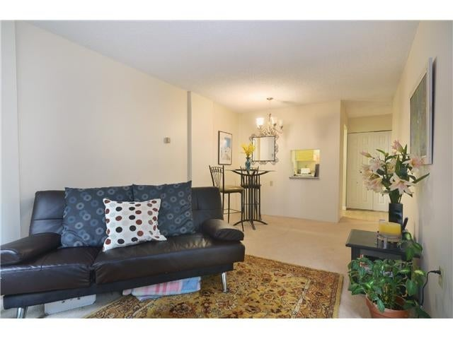 #211-2004 Fullerton Ave., North Vancouver - Pemberton NV Apartment/Condo for sale, 1 Bedroom (V985795) #2
