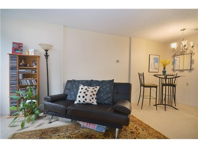 #211-2004 Fullerton Ave., North Vancouver - Pemberton NV Apartment/Condo for sale, 1 Bedroom (V985795) #3
